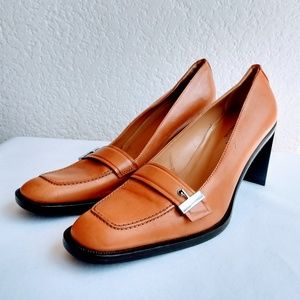 Gucci Heeled Loafers Size 10